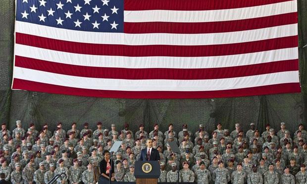 U.S. President Barack Obama speaks to troops at Fort Bragg in Fayetteville, North Carolina December 14, 2011. REUTERS/Chris Keane