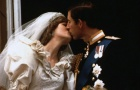 Prince Charles kisses his bride Diana on their wedding day July 29, 1981. REUTERS/File