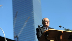 Former New York City Mayor Rudy Giuliani reads a poem during remembrance ceremonies on the ninth anniversary of the 9/11 attacks in New York September 11, 2010.   REUTERS/David Handschuh/Pool (UNITED STATES - Tags: ANNIVERSARY DISASTER)