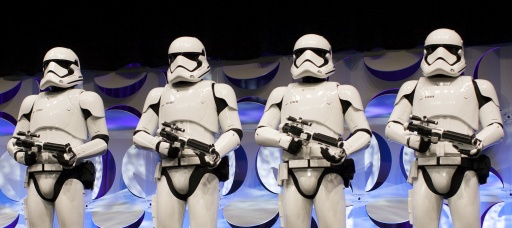 """Star Wars"" fans treated to new trailer"