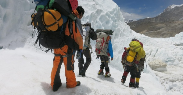 sherpas mount everest