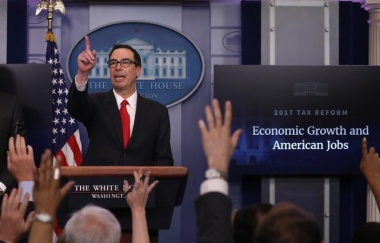 Secretary of the Treasury Steven Mnuchin discusses the Trump administration's tax reform proposal in the White House briefing room in Washington, U.S, April 26, 2017. REUTERS/Carlos Barria