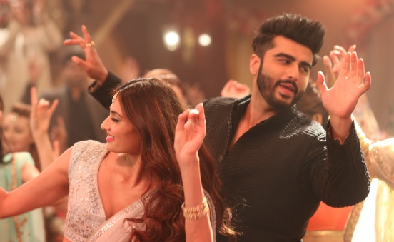 Movie Review: Mubarakan