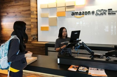 Amazon adds 'Instant Pickup' in brick-and-mortar push