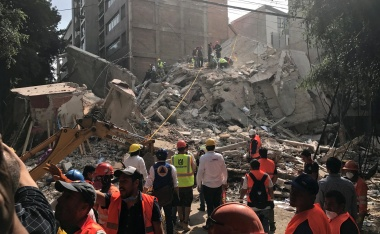Major earthquake hits near Mexico City, death toll rising
