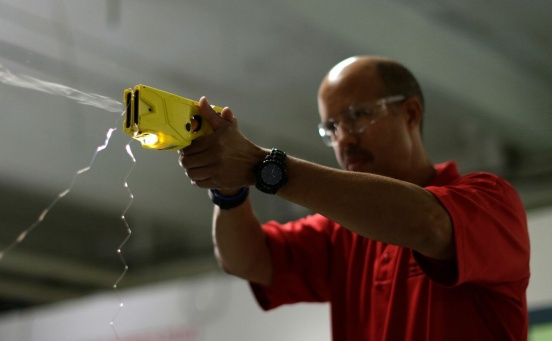 The garage science behind tasers