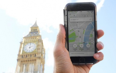 Uber stripped of London licence