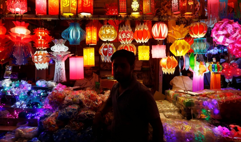 India gears up for Diwali