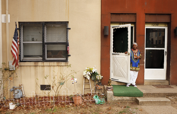 OTHER SIDE: Ward 8 is home to Barry Farm, a sprawling public housing project. REUTERS/Kevin Lamarque