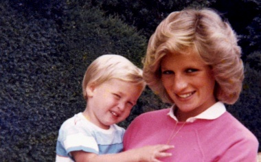 British princes regret rushed conversation with mother Diana