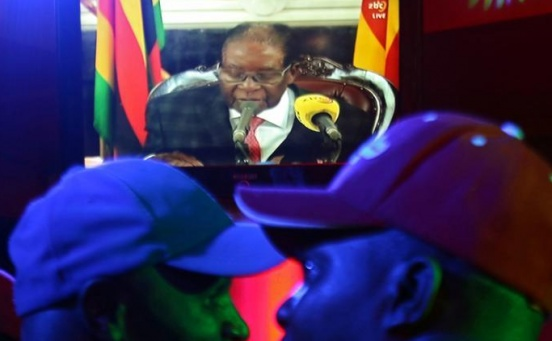 Zimbabwe's Mugabe clings to power but resignation letter reported to be ready