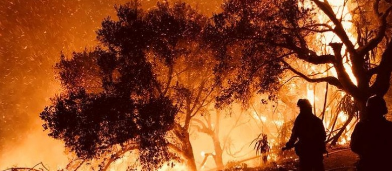 New evacuations ordered as California wildfires rage on
