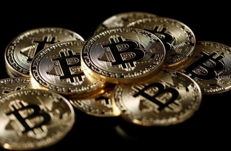 Bitcoin futures surge on debut