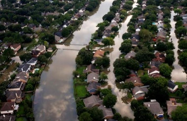 Unfettered construction raises U.S. hurricane costs