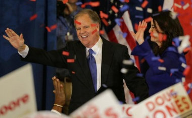 Democrat wins U.S. Senate seat in Alabama in blow to Trump
