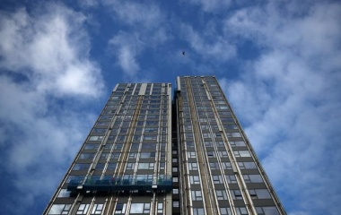 After Grenfell fire, same builders rehired to replace cladding