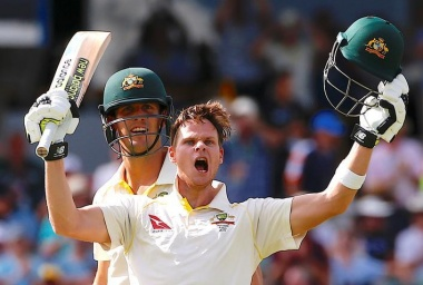 Smith double-century leaves England bereft of answers