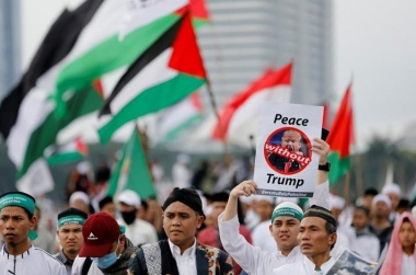 Thousands of Indonesians rally over Trump's Jerusalem stance