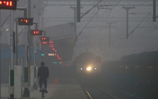 Cold wave sweeps India