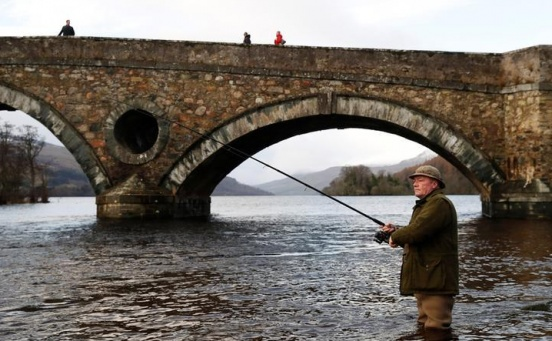 Whisky and waders as fishermen welcome salmon season in Scotland
