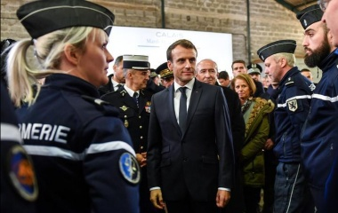 Macron to act on Calais migrants, admits Brexit worries