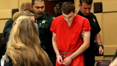Nikolas Cruz appears in court for a status hearing before Broward Circuit Judge Elizabeth Scherer in Fort Lauderdale, Florida, U.S. February 19, 2018. REUTERS/Mike Stocker/Pool