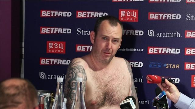 Mark Williams makes good on a promise to conduct his post-match news  conference naked