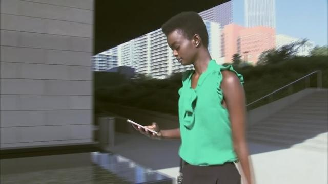 Australian model Adau Mornyang, who was accused of shouting a racial slur at an air marshal and assaulting a flight attendant on a January 21 United Airlines Melbourne to Los Angeles flight, was ordered to perform 100 hours of community service and to receive mental health and alcohol abuse counseling on Monday. Rough Cut (no reporter narration).