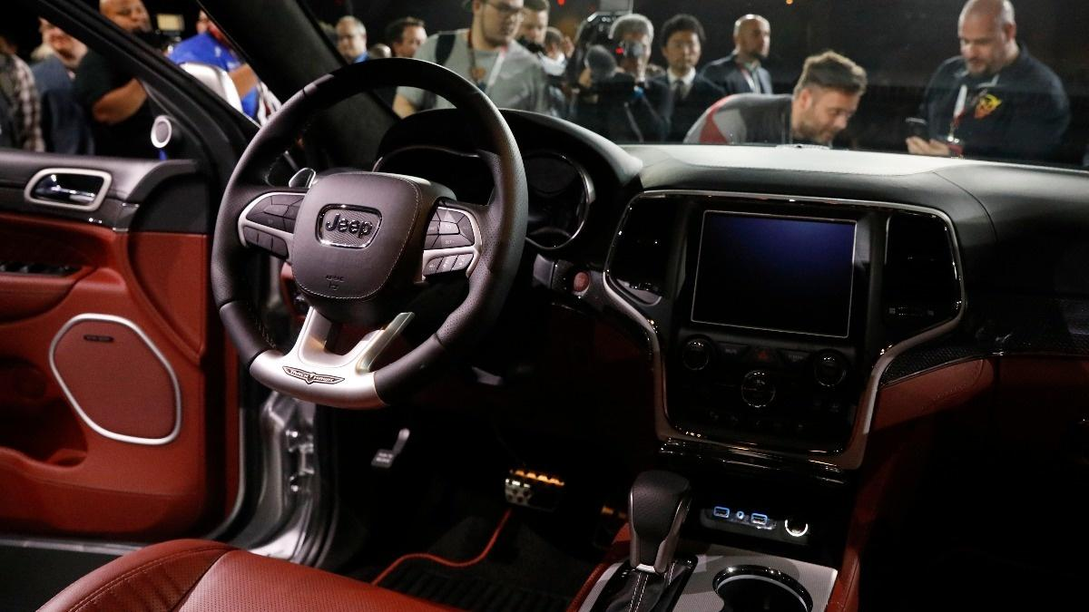 Auto Industry faces uphill Battle to secure Connected Cars