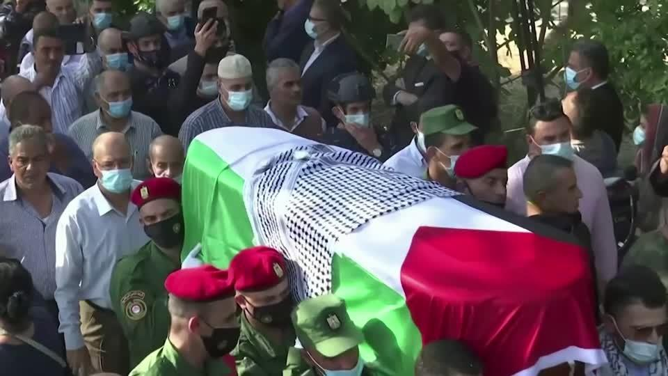 Palestinian official Saeb Erekat laid to rest | Reuters Video