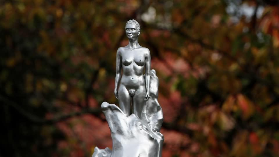 A nude statue of a feminist icon is sparking fury | Reuters Video