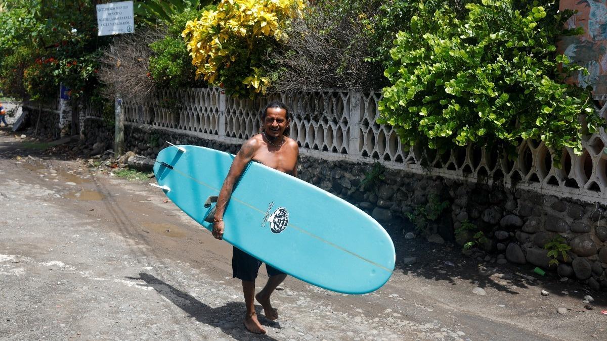 El Salvador beach town hopes to ride bitcoin wave - Reuters