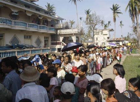 Myanmar junta urges patriotic 'yes' in referendum | Reuters