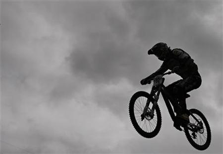 Are you risking your spine riding a mountain bike?