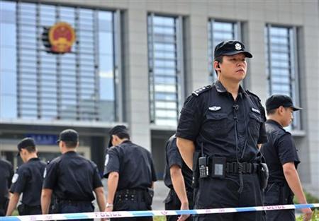中国の裁判所が薄氏妻に執行猶予付き死刑判決、事実上の終身刑か | Reuters