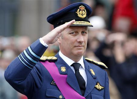 New Belgian king faces tough task of uniting a divided nation