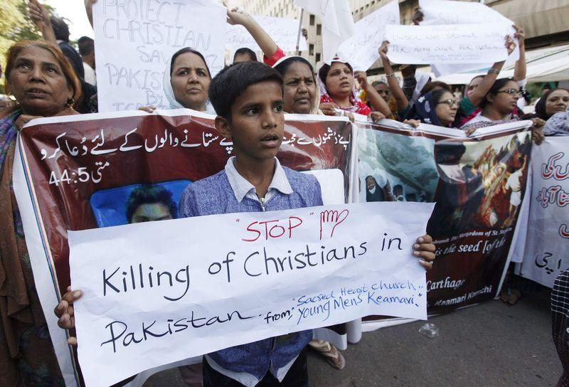 Pakistani Christian Families Return Home After Violent Threats Over Facebook Post Forced Them to Flee