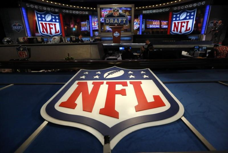 NFL to Fine Unvaccinated Players ,650 if They Violate Coronavirus Protocol