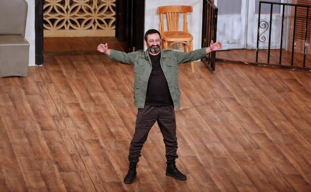 El dramaturgo Georges Khabbaz en una obra en Zalka, Beirut, nov 23, 2018. REUTERS/Jamal Saidi