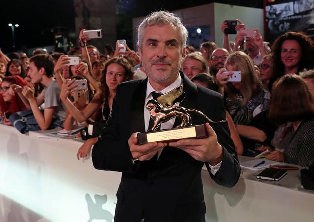 El director Alfonso Cuarón en el Festival de Cine de Venecia, sep 8, 2018. REUTERS/Tony Gentile