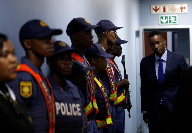 South Africa Withdraws Corruption Charges Against Zuma S Son