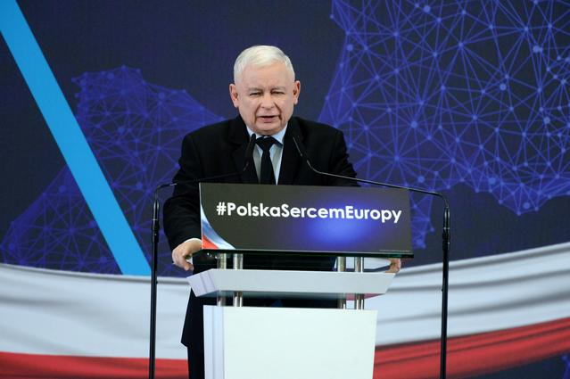 Jaroslaw Kaczynski, leader of the ruling Law and Justice party (PiS), delivers a speech during the party's convention in Szczecin, Poland May 12, 2019. Agencja Gazeta/Krzysztof Hadrian via REUTERS