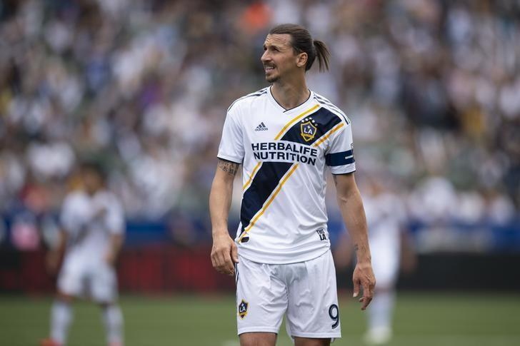 Soccer Ibrahimovic Banned For Violent Conduct In La Galaxy Victory Reuters