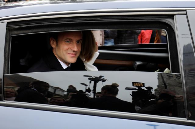French President Emmanuel Macron leaves by car after voting as part of the vote for the European parliamentary election in Le Touquet, France May 26, 2019. Ludovic Marin/Pool via REUTERS