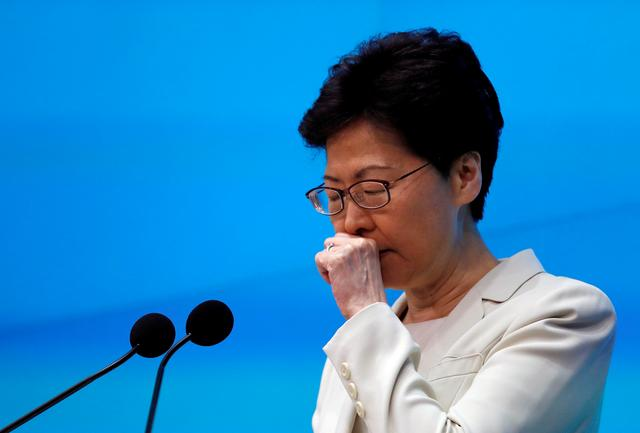 FILE PHOTO: Hong Kong Chief Executive Carrie Lam attends a news conference in Hong Kong, China, June 18, 2019. REUTERS/Tyrone Siu/File Photo