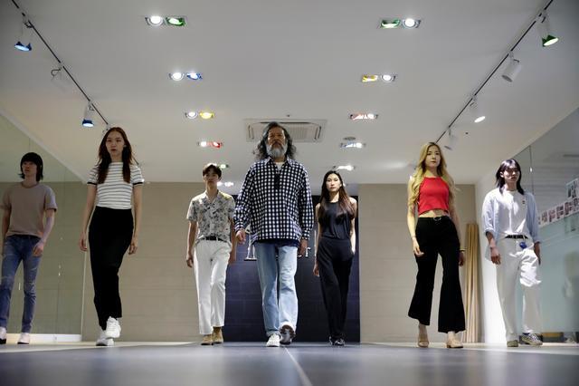 A South Korean senior model Kim Chil-doo, 65-years-old, attends a practice session in Seoul, South Korea, June 12, 2019. REUTERS/Kim Hong-Ji