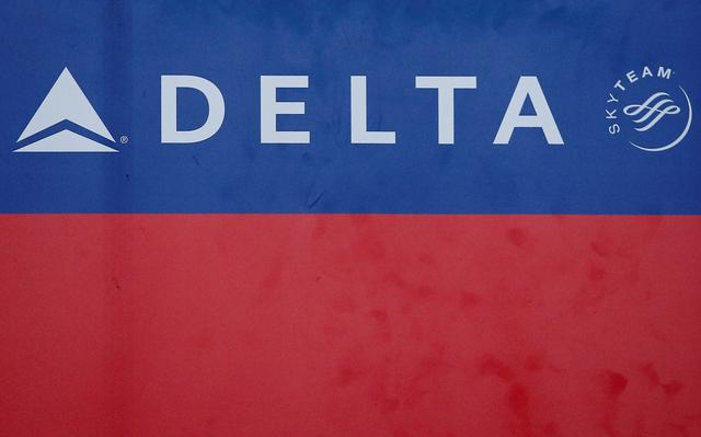 FILE PHOTO: Delta airlines logo is seen inside of the Commodore Arturo Merino Benitez International Airport in Santiago, Chile,  April 25, 2019. REUTERS/Rodrigo Garrido/File Photo