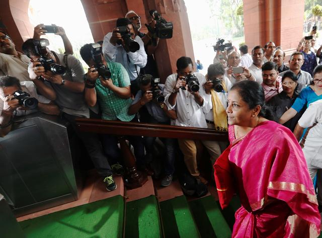 India's Finance Minister Nirmala Sitharaman arrives to present the 2019 budget in Parliament, New Delhi, India July 5, 2019. REUTERS/Adnan Abidi