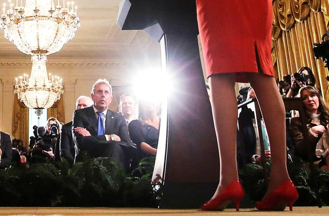 FILE PHOTO: Britain's ambassador to the United States Kim Darroch listens as U.S. President Donald Trump and British Prime Minister Theresa May hold a joint news conference at the White House in Washington, U.S., January 27, 2017.  Picture taken January 27, 2017. REUTERS/Carlos Barria/File Photo