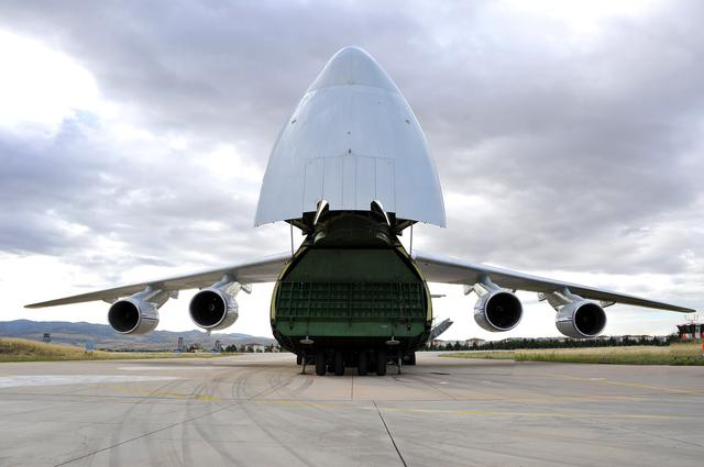 FILE PHOTO:  First parts of a Russian S-400 missile defense system are unloaded from a Russian plane at Murted Airport, known as Akinci Air Base, near Ankara, Turkey, July 12, 2019. Turkish Military/Turkish Defence Ministry/Handout via REUTERS